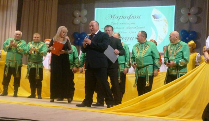 Новичиха принимала артистов из Поспелихи в рамках Марафона культуры «Соседи»