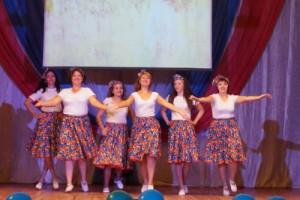 Выступает коллектив детского сада Колосок